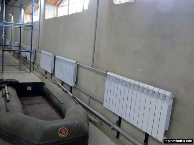 крепление радиаторов усиленны стойками