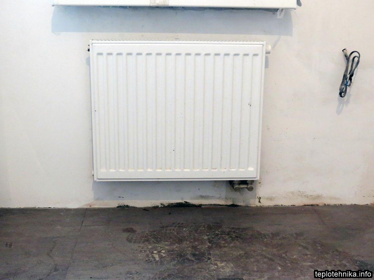 нижнее боковое подключение радиатора из стены
