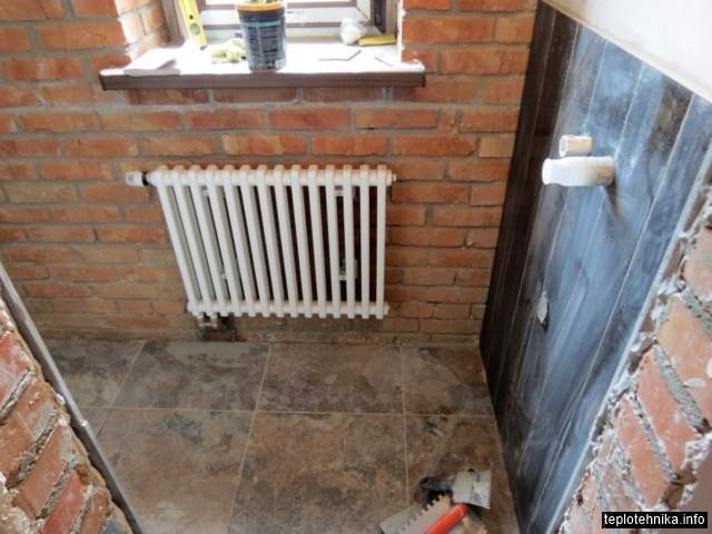 элемент встроенного стенового смесителя
